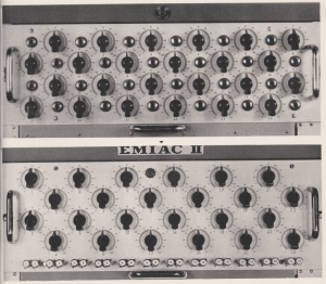 O antes e o depois de um protótipo do computador EMIACII