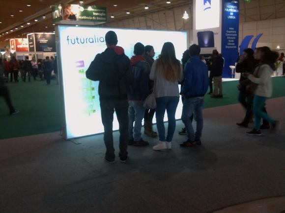 A sinalética da Futurália era confusa e muitos visitante ficavam vários minutos a tentar interpretar o mapa.